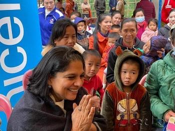 UNICEF ຮ່ວມກັບ ສະຫະພາບເອີຣົບ ຕິດຕາມ ບັນດາກິດຈະກໍາດ້ານໂພຊະນາການ ຢູ່ແຂວງຫົວພັນ