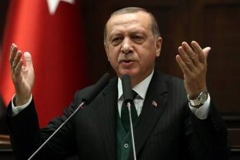 ທ່ານ Erdogan ປະກາດວ່າຕົນໄດ້ຮັບໄຊຊະນະໃນການເລືອກຕັ້ງປະທານາທິບໍດີ ຕຸລະກີ