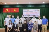 zhishan foundation ໄດ ມອບຂອງຂວ ນ ຈຳນວນ 1 765 ພ ດ ໃຫ ແກ ນ ກຮຽນອະນ ບານ ຢ ເມ ອງ ດ ກລ ງ ແຂວງ ກວາງຈ