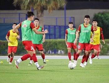 ທີມບານເຕະຫວຽດນາມ ຕັ້ງໜ້າຝຶກແອບຢູ່ UAE