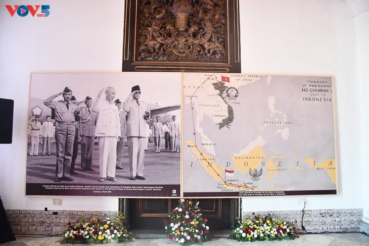 ສັບປະດາວາງສະແດງພາບຖ່າຍສະເຫຼີມສະຫຼອງ ການພົວພັນລະຫວ່າງ ຫວຽດນາມ - ອິນໂດເນເຊຍຢູ່ Yogyakarta ຄົບຮອບ 65 ປີ